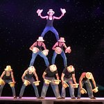 Photo de Acrobats of China featuring the New Shanghai Circus