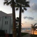 Photo de Akrogiali Beach Hotel