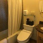 バスルームはバスタブ、ウォシュレット付き