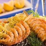 Spaghetti aux brochettes de crevettes