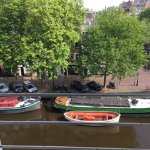 Photo de The Amsterdam Canal Hotel