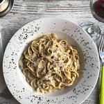 White truffle pasta with porchini