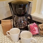 Chicago Guest House on Newport Ave_1st Floor Clark Suite_Complimentary Coffee