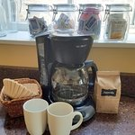 Chicago Guest House on Newport Ave_2nd Floor Addison Suite_Complimentary Coffee