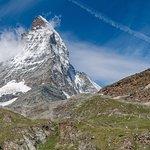 Sunny day Matterhorn pic