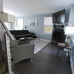 Pine: Living area w/sofa sleeper, gas fireplace