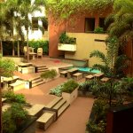 Open Courtyard/ Dining