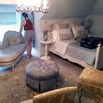 Suite master bedroom