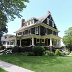 Brown's Manor Bed and Breakfast Photo