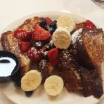 Traditional brioche french toast with fruit