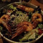 Very small salad with 4 prawns from Kaua'i