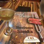 Foto de Otis & Henry's Bar & Grill