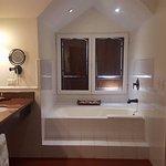 Very nice bathroom!