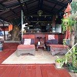 Bar en restaurant aan de rivier de ping
