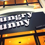 Hungry Bunny - American Bistro