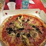 Pizza capricciosa, ben condita!!