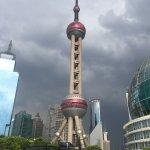 Foto de Torre de la Perla de Oriente (Dongfang Mingzhu)