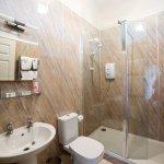 Rede Family En-suite Shower Room
