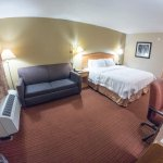 Photo de Hampton Inn Columbus-Airport