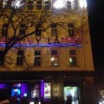 Karlovy lazne dall'esterno