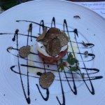 Vorspeise - Tartar mit Ei, Trüffeln und Balsamico
