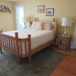 Plain & Fancy-Amish Room Hand-Made Amish Bed & Tables with Step Stools