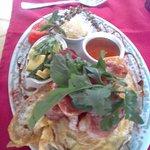 Lara's Eatery & Deli on the Green Foto