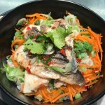 Spicy sea bream donburi