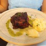 Roasted ribs with BBQ sauce (Costillas asadas a la barbacoa)