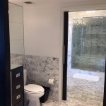 Large and spacious bathroom, with large walk-in shower
