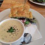 Photo of Leonhard's Cafe & Restaurant