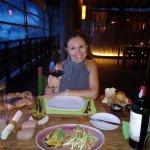 Photo de Dining on the Rocks