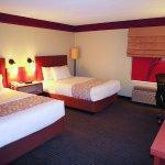 Photo de La Quinta Inn & Suites Durham Research Triangle Pk