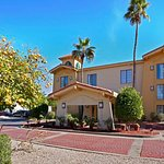 Photo of La Quinta Inn Phoenix Sky Harbor Airport