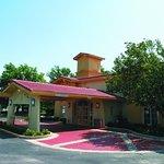 Photo of La Quinta Inn Kansas City Lenexa