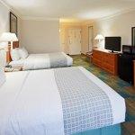 Photo de La Quinta Inn & Suites Redding