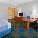 Photo of La Quinta Inn & Suites Shreveport Airport