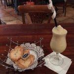 Non-liquor Pina Colada and Bread
