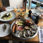 sea food platter with oysters.