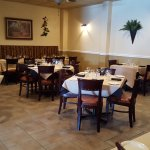 Beautiful restaurant, very large inside. Great menu with many choices. Well worth a visit.