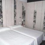 Photo de Hotel Els Pins