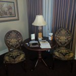 The Carlton Hotel Foto