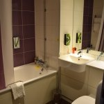 One of the rare Premier Inn bathrooms with a tub :)