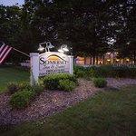 Photo de Somerset Inn & Suites