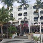 Photo de Holland House Beach Hotel
