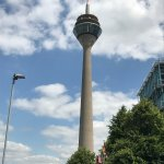 Photo de Rhine Tower (Rheinturm)