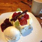 Pavlova with ice cream