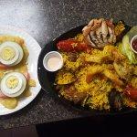 Pollo a la brasa & paella
