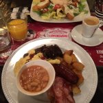 The Big Breakfast & Salade Cesar