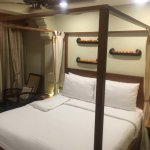 My stay at the Shalimar Hotel last week.  This time I was staying in their Malabar room..